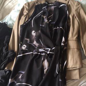 Tahari size 6 dress - classy looking
